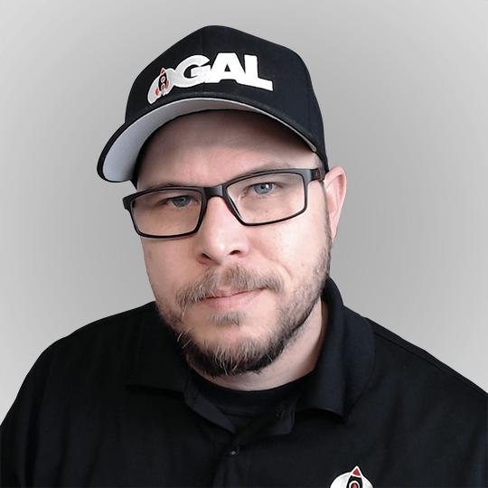 Kyle Van Deusen from Ogal Web